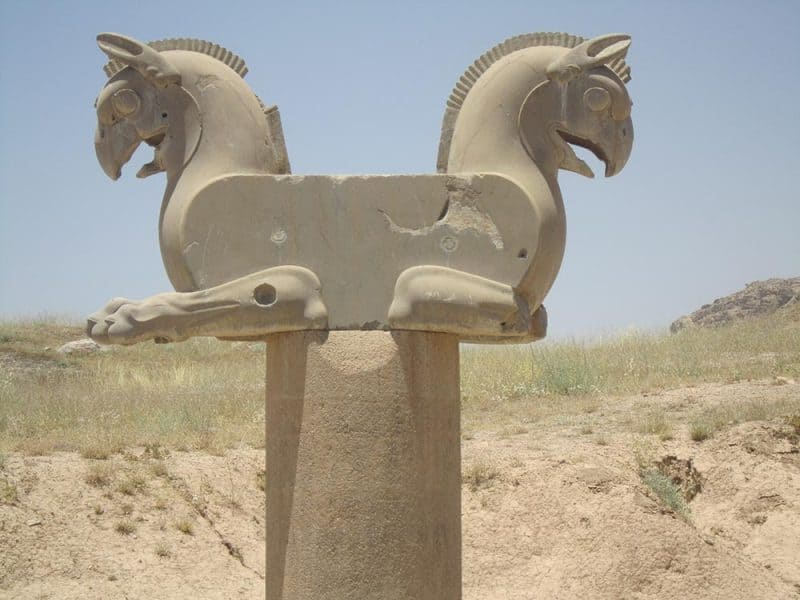 Steber Homa v Persepolisu v Iranu