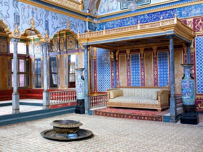 Salon v haremu v Istanbulu