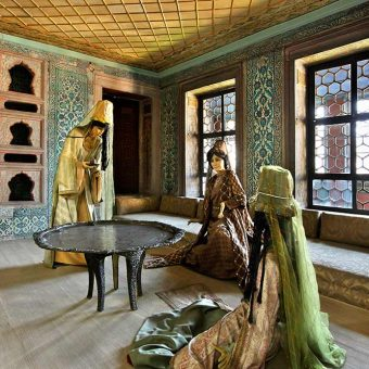 Sobane sultanove mame v haremu v palači Topkapi