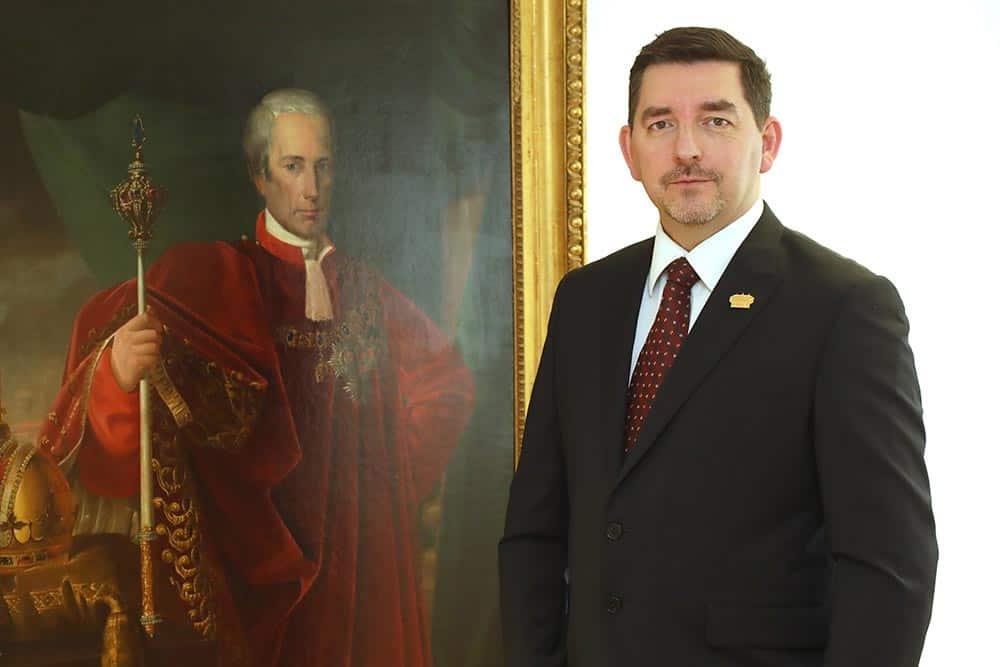 dr.Aleš Musar, Ruska dača, direktor