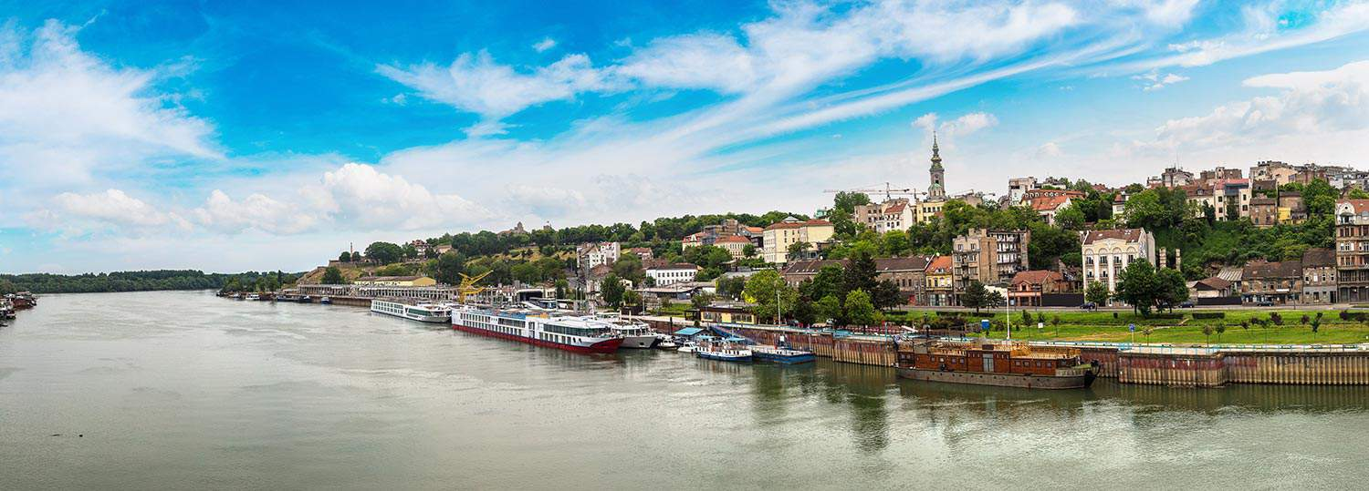 SRBIJA-Belgrade-cityscape-from-the-Sava-river-in-Serbia-in-a-beautiful-summer-day