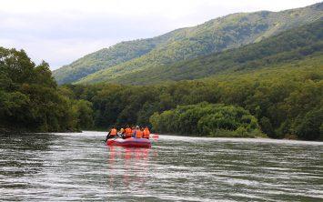 Rafting na Bistraji rečki v Kamčatki