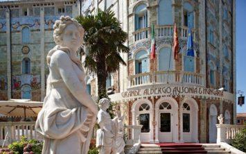 Hotel Ausonia Hungaria v slogu Liberty
